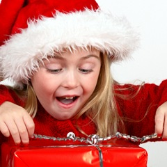 girl-opening-christmas-present-4001